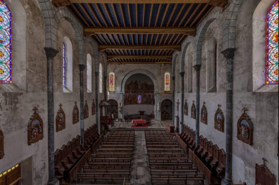 Une église et trois petites chapelles à restaurer